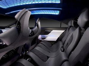 2012款Plug-in Hybrid 空间座椅