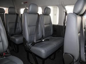 2011款2.7L 13座自动标准版 后排座椅
