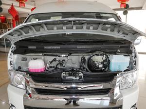 2011款2.7L 13座自动标准版 发动机