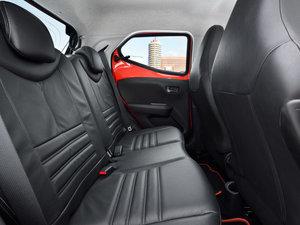 2014款手动基本型 空间座椅