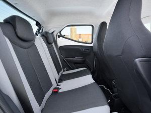 2014款自动基本型 空间座椅
