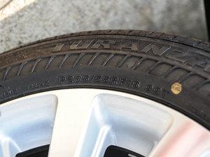 2015款3.5L 两驱L 轮胎尺寸