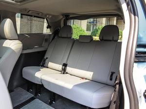 2015款3.5L 两驱L 后排座椅