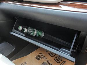 2015款3.5L 两驱L 手套箱