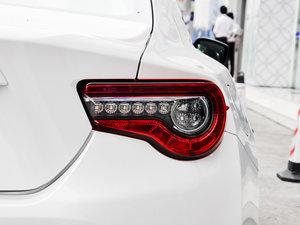 2017款2.0L 自动豪华型 尾灯
