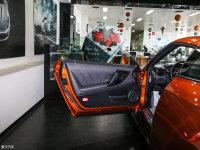 空间座椅日产GT-R驾驶位车门
