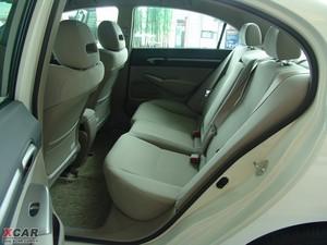 2009款1.3L 混合动力 后排空间