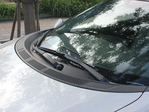 2012款1.5L 混合动力 雨刷