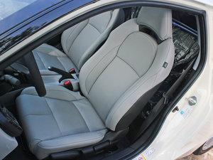 2012款1.5L 混合动力 前排座椅