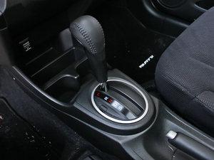 2013款1.3L Hybrid 变速挡杆