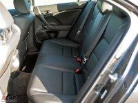 空间座椅讴歌TSX后排空间