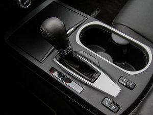 2016款3.0L 自动四驱尊享版 变速挡杆