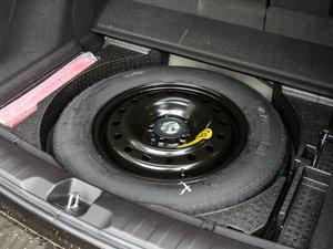 2016款3.0L 自动四驱尊享版 备胎