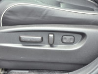 空间座椅讴歌MDX混动座椅调节