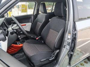2017款1.2L CVT豪华导航版 前排座椅