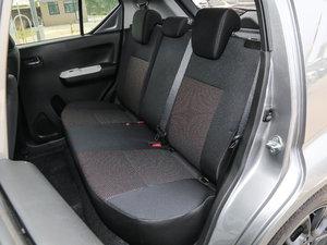 2017款1.2L CVT豪华导航版 后排座椅