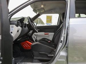2017款1.2L CVT豪华导航版 前排空间