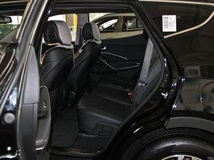 2013款3.0L 自动四驱舒适导航版 7座 欧V 后排空间