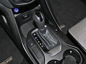 2013款3.0L 自动四驱舒适导航版 7座 欧V 变速挡杆