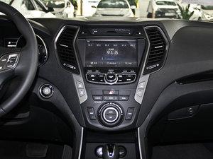 2013款3.0L 自动四驱舒适导航版 7座 欧V 中控台