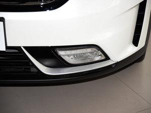 2017款1.6L 双离合旗舰版 雾灯