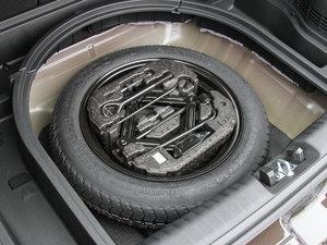 2017款1.6L 双离合豪华版 备胎