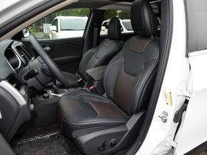 2015款2.4L 精英版 前排座椅