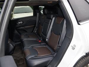 2015款2.4L 精英版 后排座椅