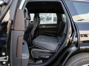 2017款3.6L 豪华导航版 后排座椅放倒