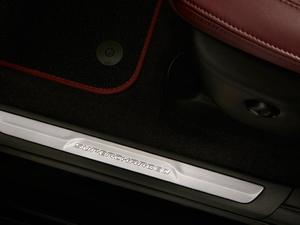 2017款Trackhawk 空间座椅