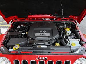2017款3.0L 四门舒享版 Sahara 发动机