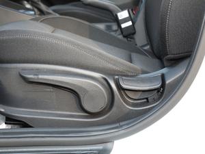2018款1.6L 自动悦值版 座椅调节