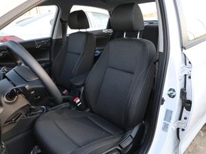 2018款1.6L 自动悦值版 前排座椅