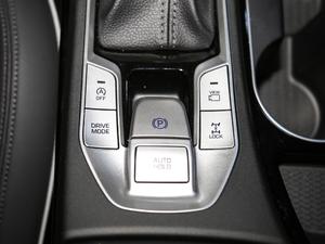 2019款1.6T 基本型 驻车制动器