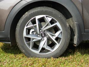 2019款1.6T 基本型 轮胎