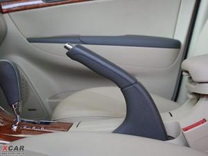 2009款2.4L 自动顶级版 驻车制动器