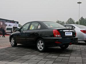 2011款1.6L 手动舒适版 整体外观