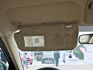 2011款1.6L 手动舒适版 遮阳板