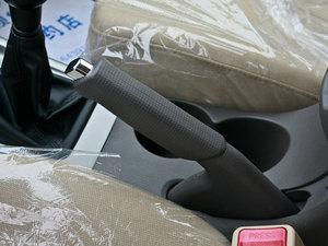 2011款1.6L 手动舒适版 驻车制动器