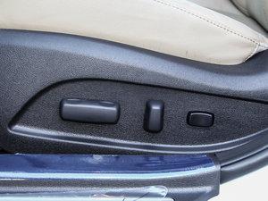 2014款2.0L hybrid 座椅调节