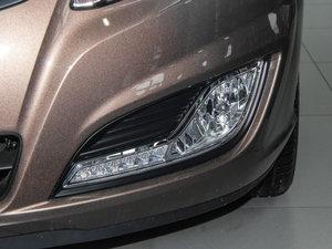 2015款1.6L 自动豪华型 雾灯