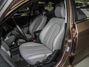 2015款1.6L 自动豪华型 前排座椅