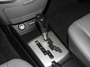 2015款1.6L 自动豪华型 变速挡杆