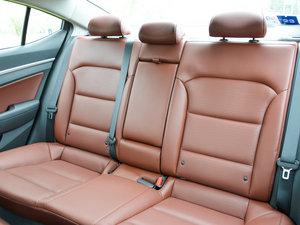 2016款1.6L 自动智炫旗舰型 后排座椅