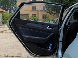 2016款2.0HL 豪华型 后车门