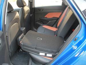 2017款1.4L 自动活力版 后排座椅放倒
