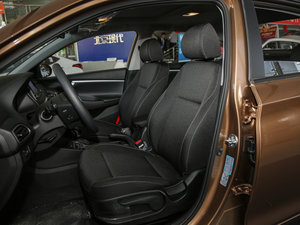 2017款1.6L 自动悦值型 前排座椅