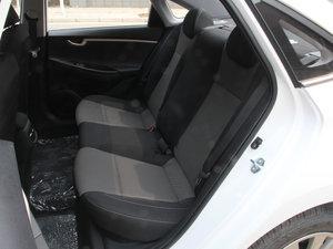 2017款1.6L 手动悦心型 后排座椅