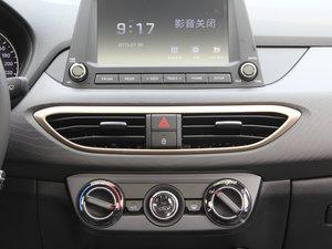 2017款1.6L 手动悦心型 空调出风口