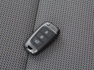 2017款1.6L 手动悦心型 钥匙